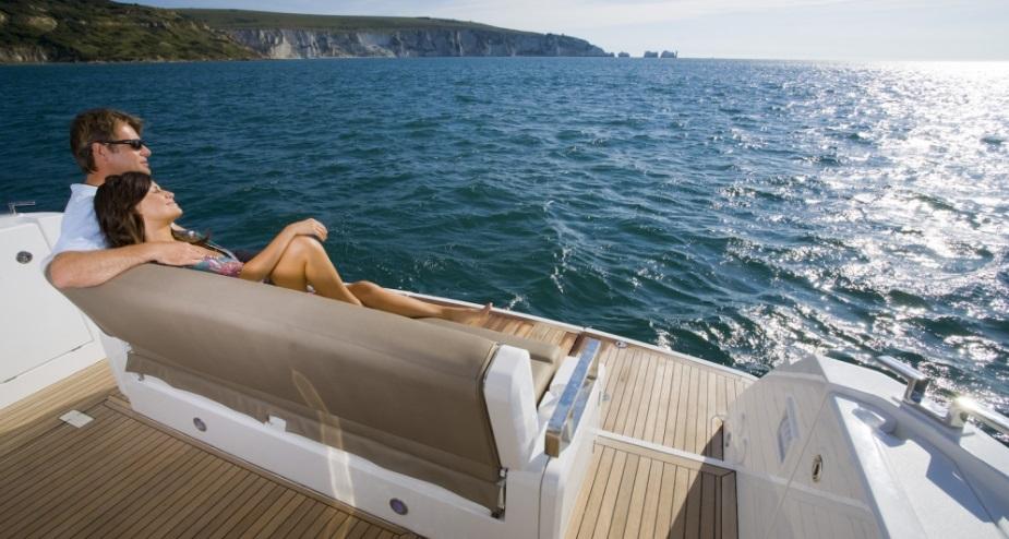 goa cruise activities