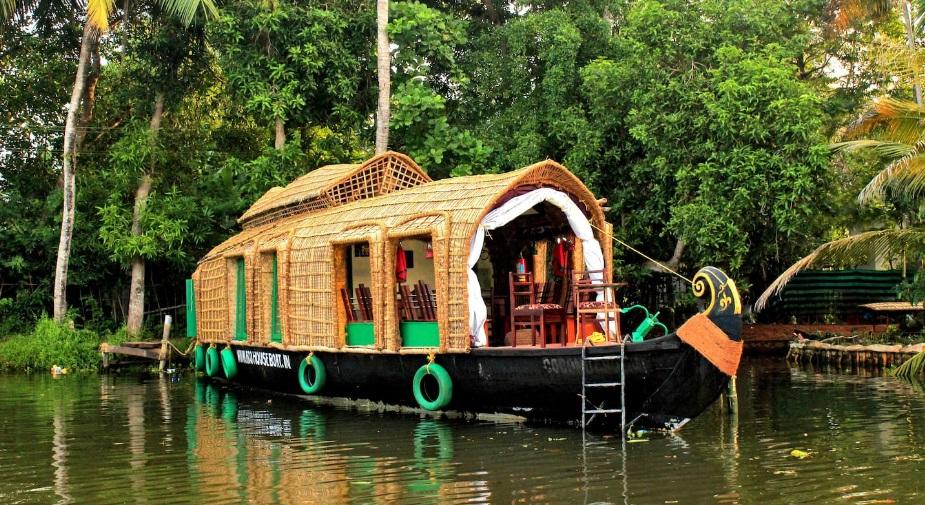 house boat in goa